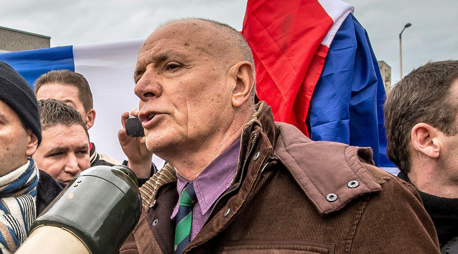 Jailing of ex French Foreign Legion chief over anti-migrant rally 'could stir revolt'