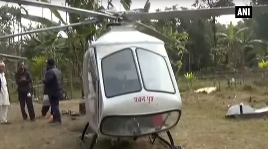 Chopper shop: Indian welder crafts makeshift helicopter using car parts (VIDEO)