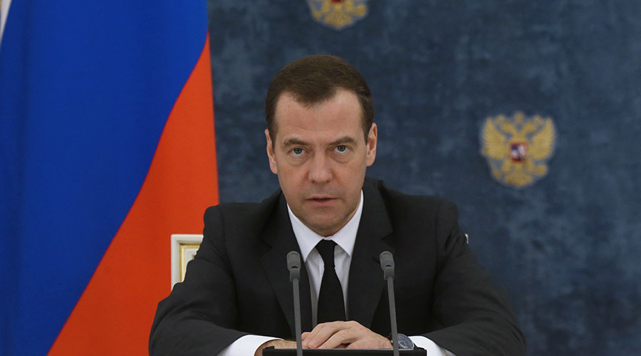 Russian PM warns US, Saudis against starting 'permanent war' with ground intervention in Syria