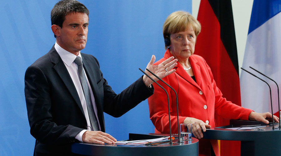 German Chancellor Angela Merkel and French Prime Minister Manuel Valls © Fabrizio Bensch