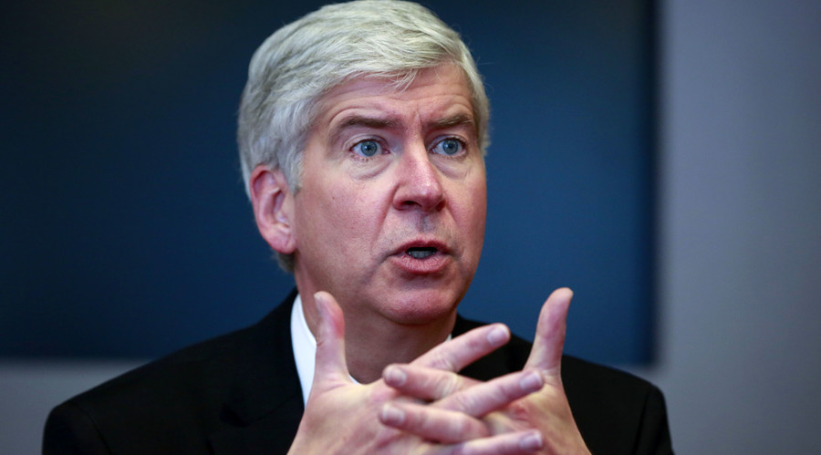 Rick Snyder, the Republican governor of Michigan, speaks during an interview in New York, November 8, 2013. © Shannon Stapleton