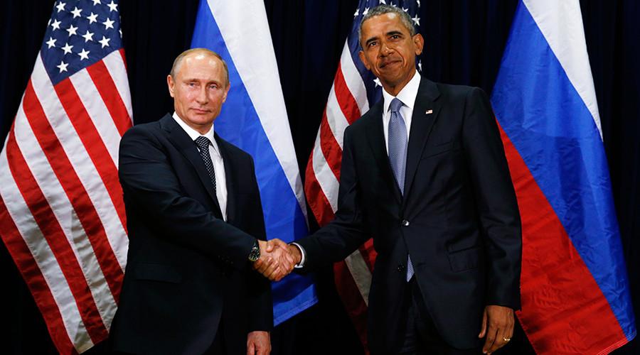 U.S. President Barack Obama (R) and Russian President Vladimir Putin © Kevin Lamarque