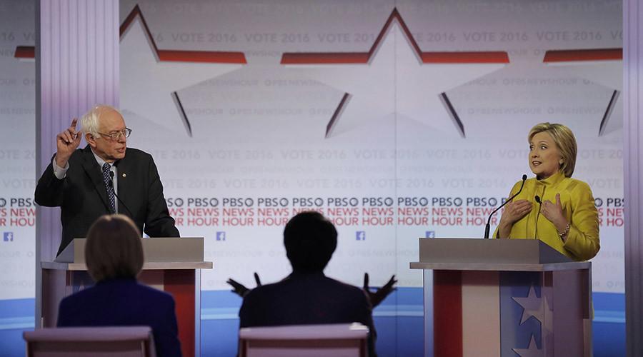 Democratic presidential debate between Vermont Senator Bernie Sanders and former Secretary of State Hillary Clinton © Jim Young