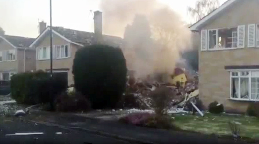 63yo man killed in explosion that flattened suburban North Yorkshire home (VIDEO)