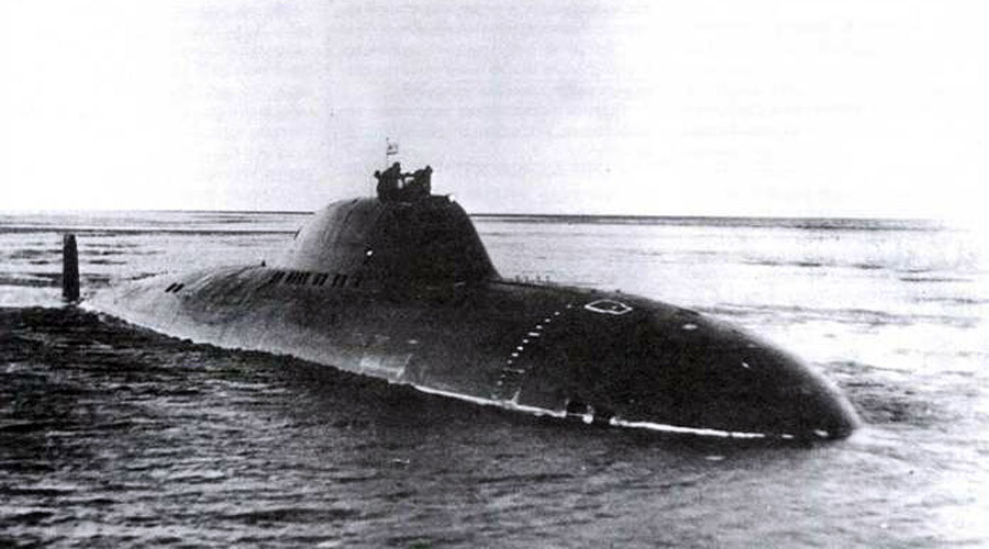 Project 705 submarine undergoing tests in the White Sea, December 1971
