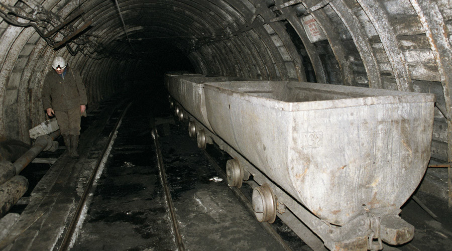 Coal mine collapse in northern Russia kills 2