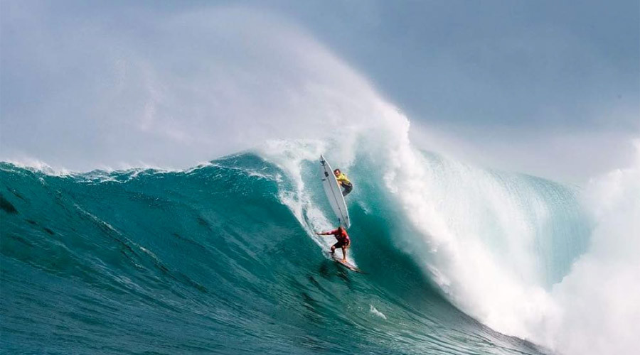 #EddieWouldGo: $75k waves and wipeouts at surf's wildest competition (PHOTOS, VIDEO)