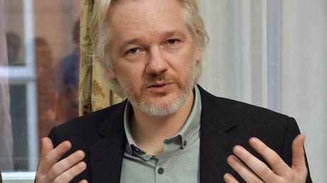 WikiLeaks founder Julian Assange © John Stillwel