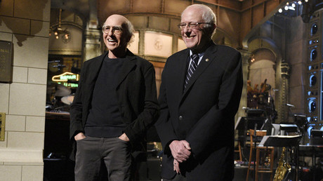 Sanders and his impersonator David share SNL stage in New York City. © Dana Edelson/NBC