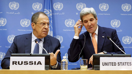 Russia's Foreign Minister Sergey Lavrov (L) and U.S. Secretary of State John Kerry © Eduardo Munoz