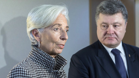Ukrainian President Petro Poroshenko (R) and Christine Lagarde, Managing Director of the International Monetary Fund. © Mikhail Palinchak