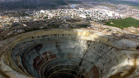 Picture shows a general view of one of Russia's biggest diamond mines, Mir, near the town of Mirny in western Yakutia region © Sergei Karpukhin