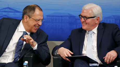 Russian Foreign Minister Sergei Lavrov (L) speaks to German Foreign Minister Frank-Walter Steinmeier at the Munich Security Conference in Munich, Germany, February 13, 2016. © Michael Dalder
