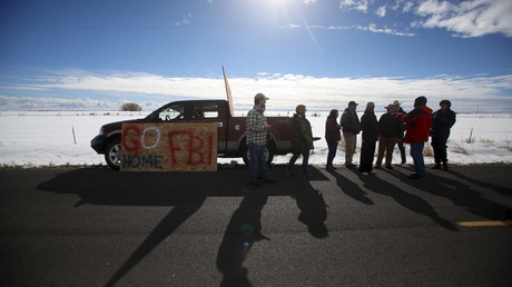 Harney County residents gather to protest the FBI's presence at the Burns Municipal Airport in Burns, Oregon January 31, 2016. © Jim Urquhart