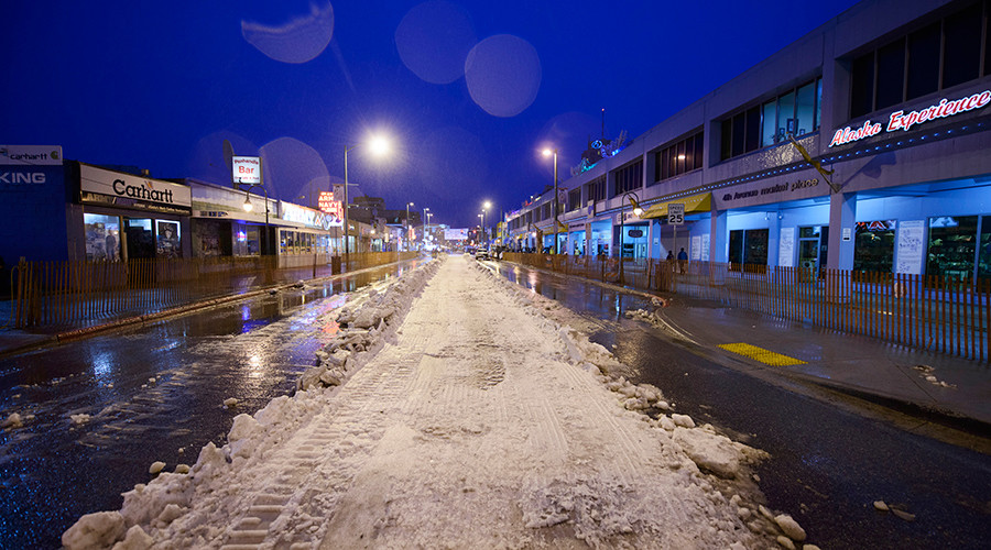 A downtown 4th Avenue is partially covered with trucked-in snow for 2015 ceremonial start of the Iditarod Trail Sled Dog race in Anchorage, Alaska March 7, 2015 © Mark Meyer