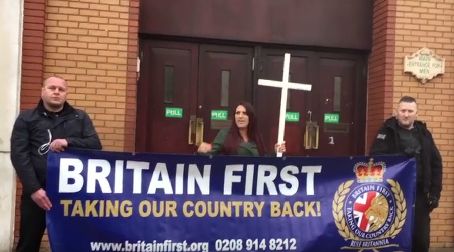 Far-right Britain First stages cringe-worthy picket outside East London Mosque (VIDEO)