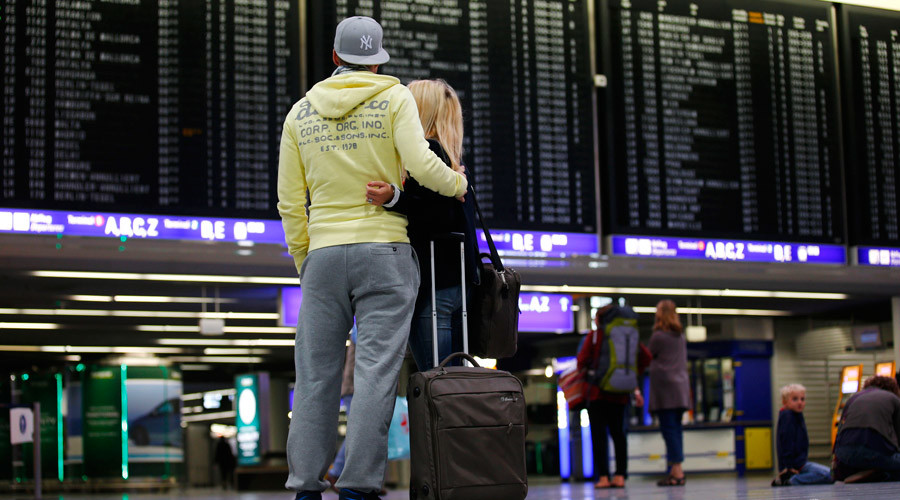Airports warn of costly terminal redesigns if Schengen falls