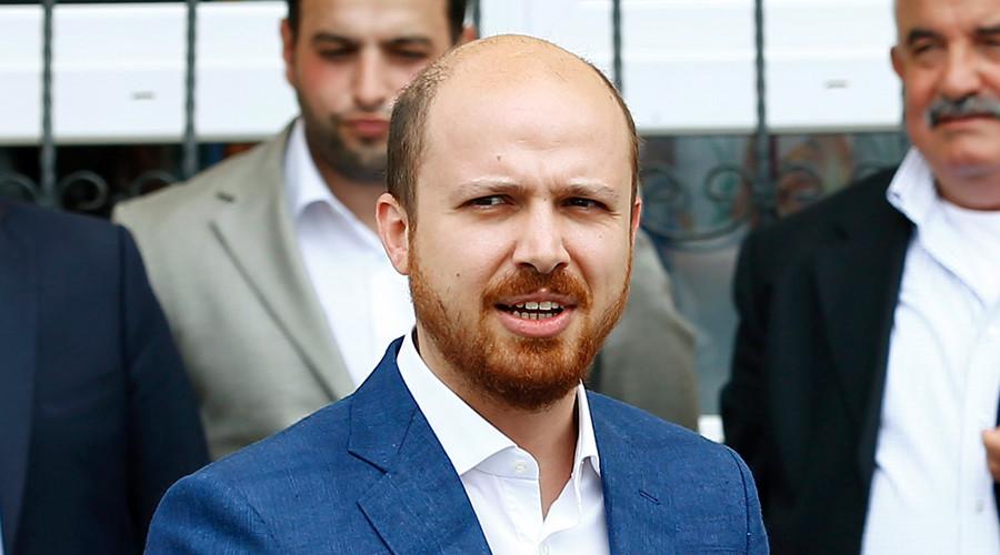 Bilal Erdogan (R), son of Turkish President Tayyip Erdogan © Murad Sezer