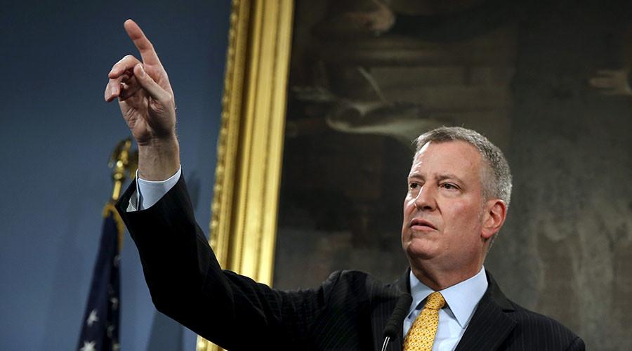 NYC mayor praises gun seizures as 'less deadly' knife attack increase