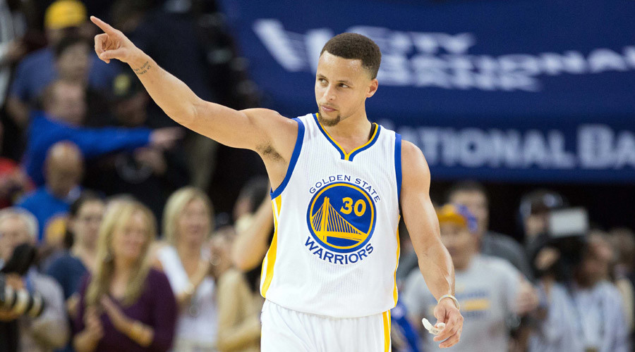 NBA history: Curry and the Warriors just keep rolling