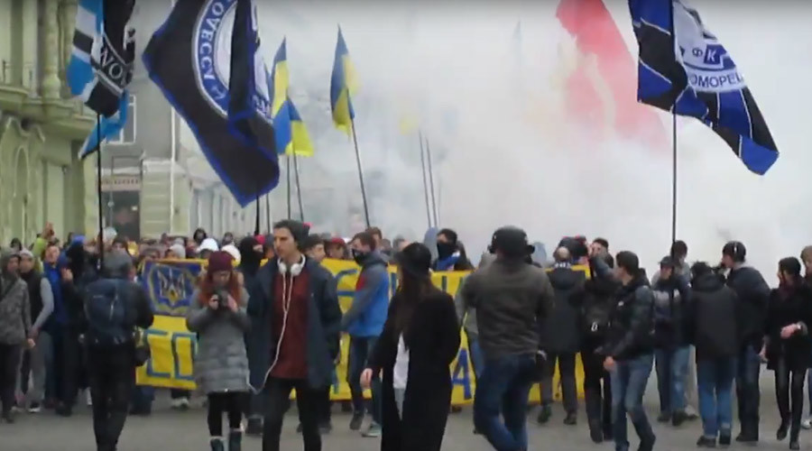 Ultras, nationalists march through Odessa as OHCHR slams 2014 massacre investigation (VIDEO)