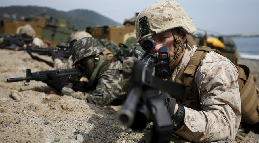 File photo: U.S. and South Korean marines participate in a U.S.-South Korea joint landing operation drill in Pohang, South Korea © Kim Hong-Ji
