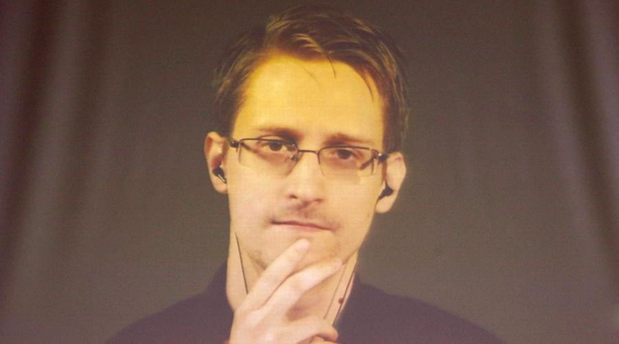 'That's horse sh*t!': FBI can already unlock iPhone without Apple's help – Snowden