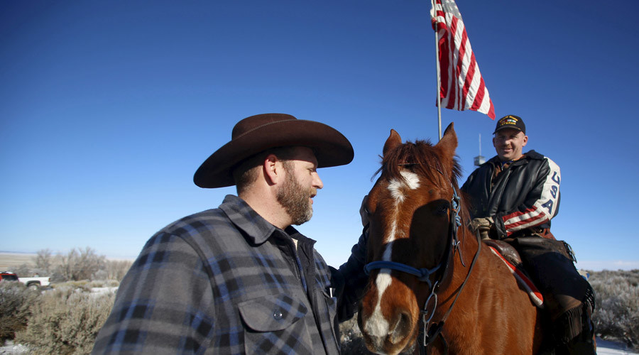 Oregon occupiers talked about using explosives and drones - testimony