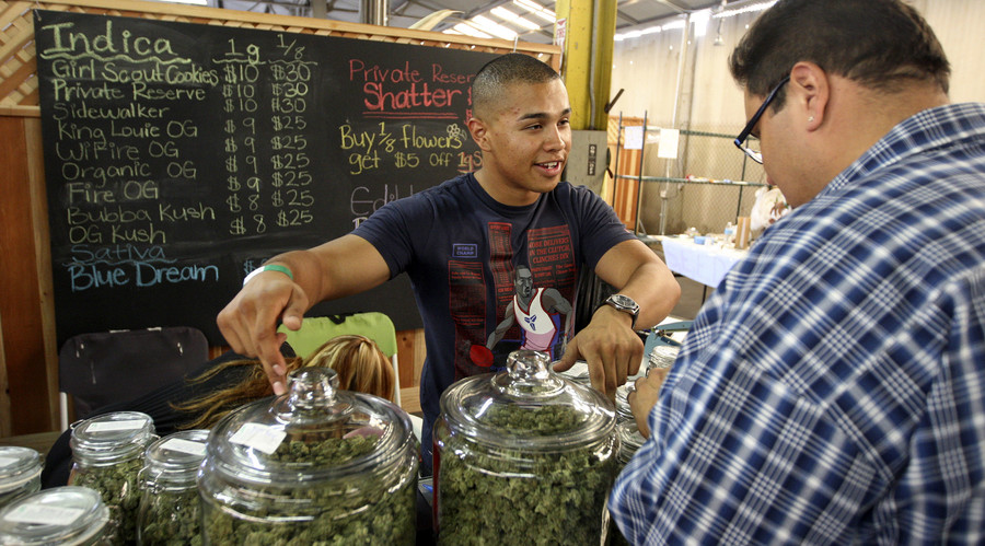 US marijuana industry may reach $44 billion by 2020 - report