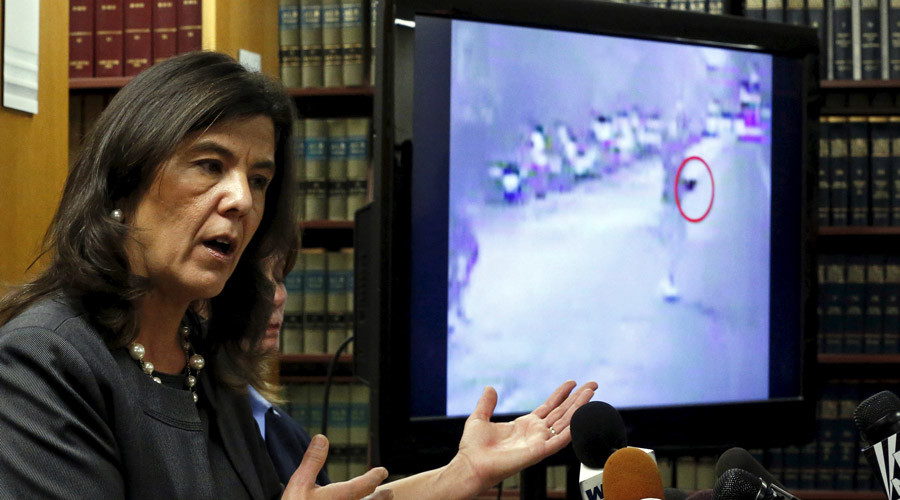 Cook County State's Attorney Anita Alvarez discusses the Chicago Police dash camera video shooting of Ronald Johnson during a news conference in Chicago, Illinois, United States, December 7, 2015. © Jim Young