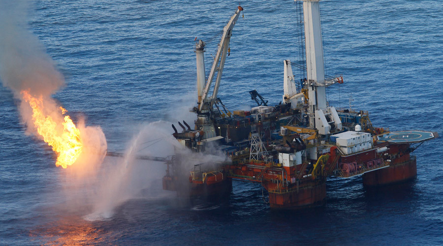 Obama reverses policy on oil drilling along Atlantic coast