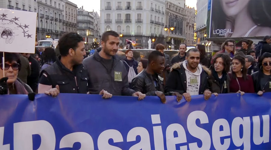 'Illegal, immoral & inhumane': Thousands protest in Spain against EU-Turkey refugee deal