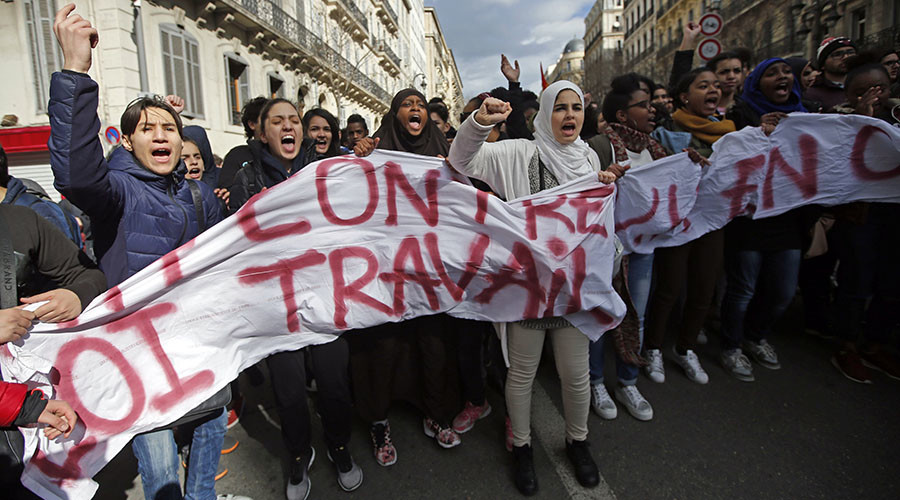 Tear gas, firecrackers & arrests: Anti-labor reform rallies held in Paris (VIDEO, PHOTOS)