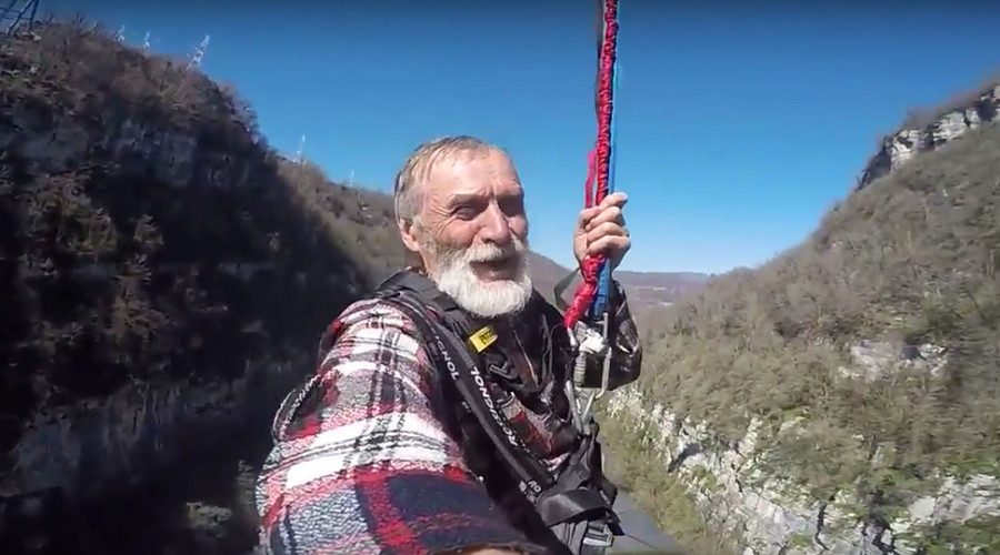 75yo Grandpa's 200-meter bungee jump in Sochi (VIDEO)