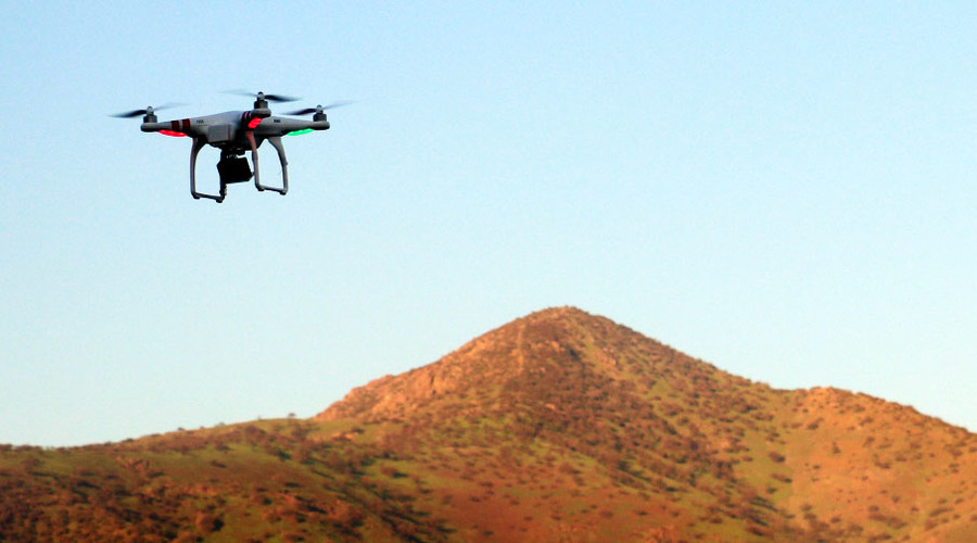 Small drones pose 'minimal' risk to commercial airplanes, study says
