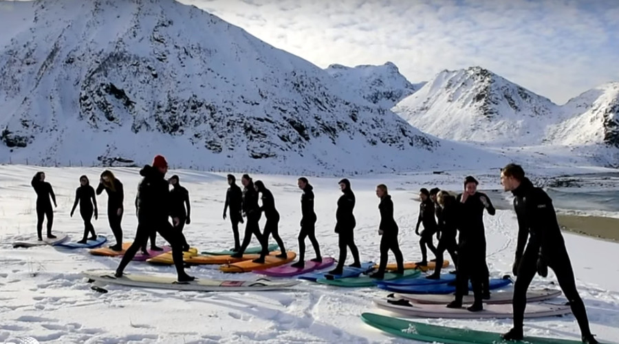 Endless winter: Insane arctic surfers tame Norway's icy waves (VIDEO)
