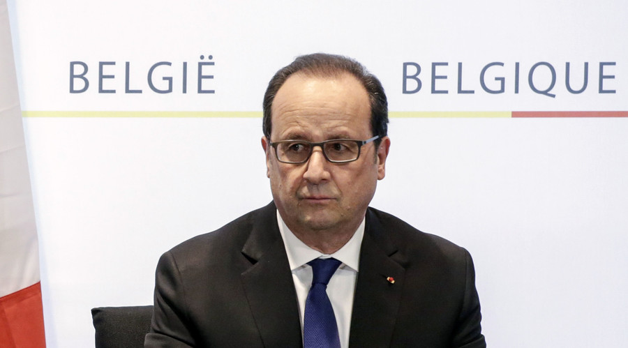 'Many more Paris attack accomplices still at large' after Abdelsam's arrest, Hollande says