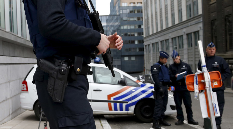 'Heavy weapons & new network': Paris terror suspect Abdeslam planned more attacks – Belgian FM