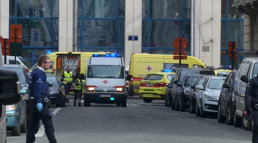 Emergency personnel are seen at the scene of a blast outside a metro station in Brussels, in this still image taken from video on March 22, 2016 © Reuters TV