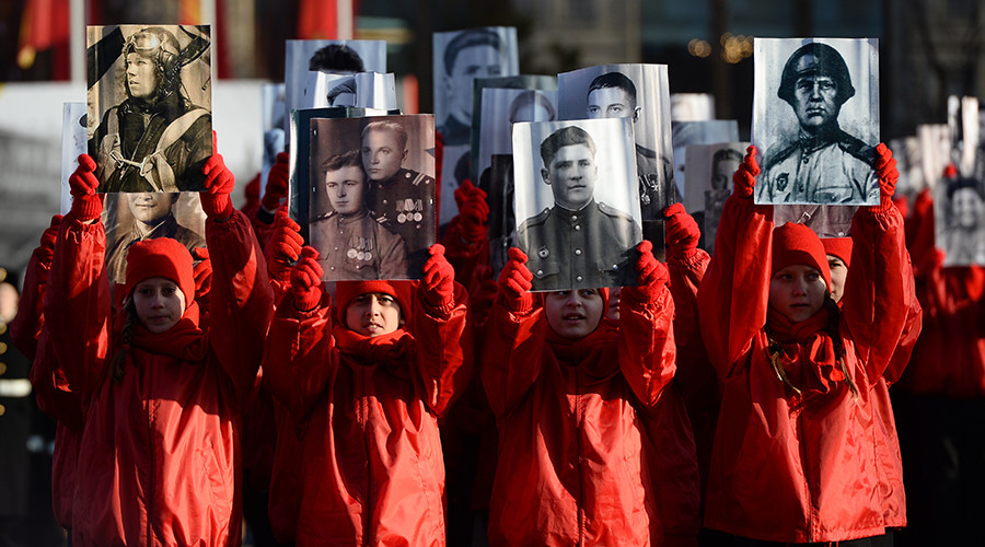 Participants of the Immortal Regiment march marking the legendary military parade of November 7, 1941 on Red Square, Moscow © Maksim Blinov
