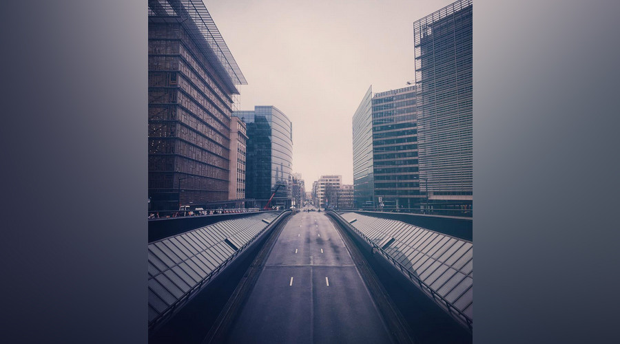 Brussels resembles post-apocalyptic ghost town as people stay off streets (PHOTOS)