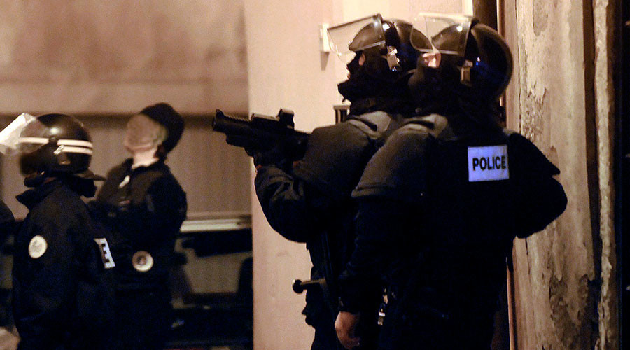 Police raid ongoing near Paris after new terror plot 'foiled' in France – minister