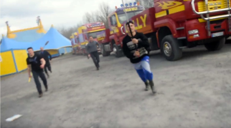 Circus workers attack animal rights activists & police (VIDEO)