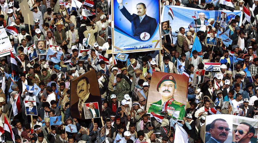 'Tyrannical aggression': 1,000s protest Saudi-led airstrikes in Yemen 1 year on