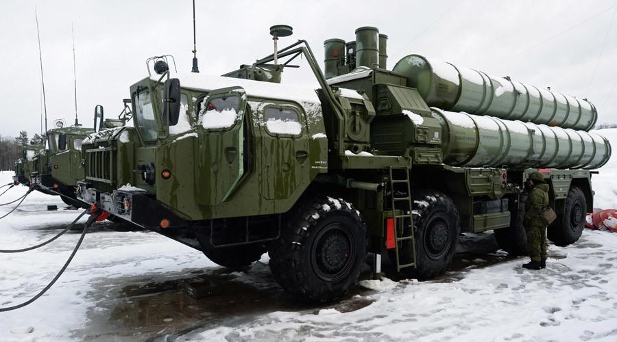 "Launcher of SAM S-400 ""Triumf"" © Mikhail Voskresenskiy"