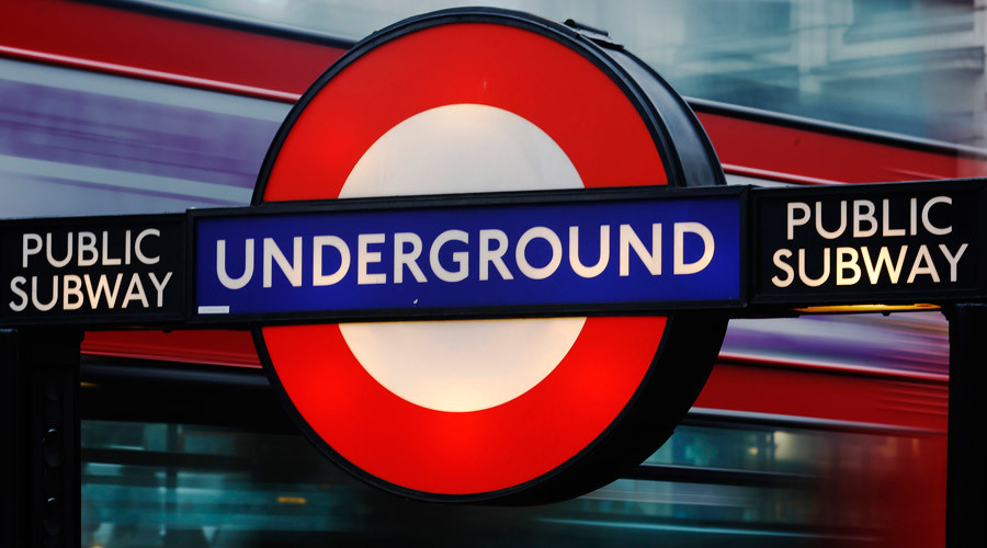 Islamophobe brands all Muslims 'terrorists' in shocking London train outburst (VIDEO)