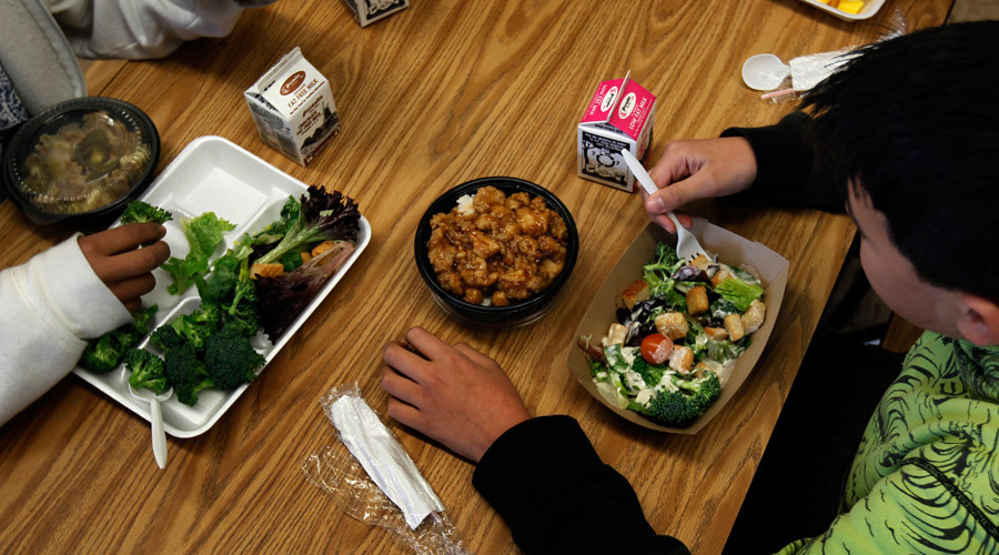 Federal government to fine schools for violating lunch nutrition guidelines