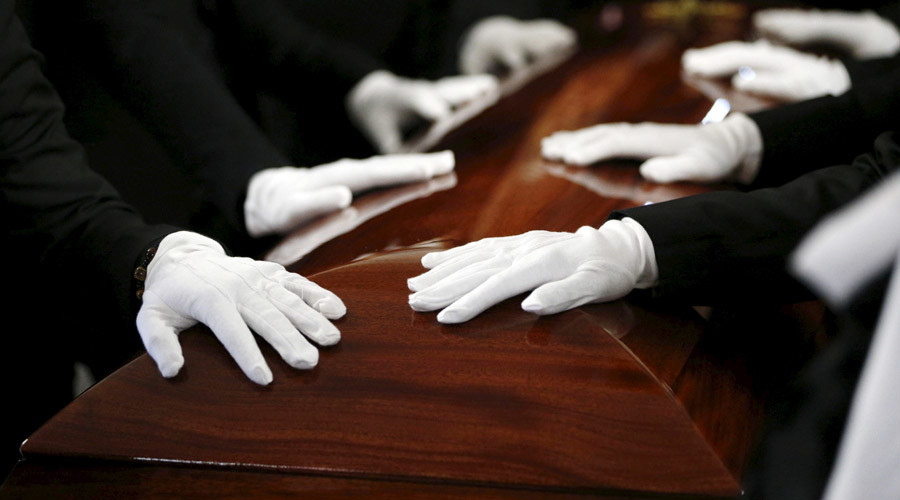 Grave robbery: Surge in 'paupers' funerals' as British bereavement costs mount