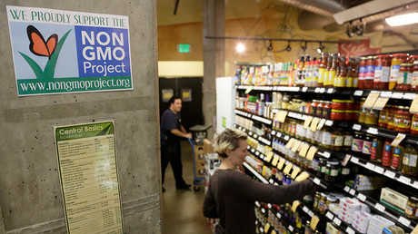 Senators reach bipartisan deal on GMO food labeling