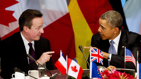 Britain's Prime Minister David Cameron and U.S. President Barack Obama (R). © Jerry Lampen